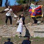 Αρχαία Ολυμπία: Θιβετιανοί διαδηλωτές διέκοψαν την αφή της φλόγας των Χειμερινών