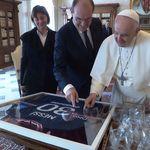 Le cadeau inattendu de Castex au pape