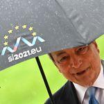 Draghi è come l'acqua: riempie il vuoto dei partiti (di G. Del