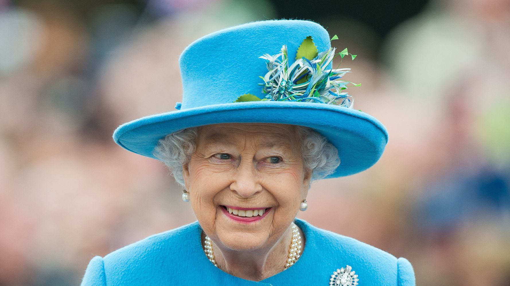 Queen Elizabeth Gracefully Declines 'Oldie' Award With Brilliant Response