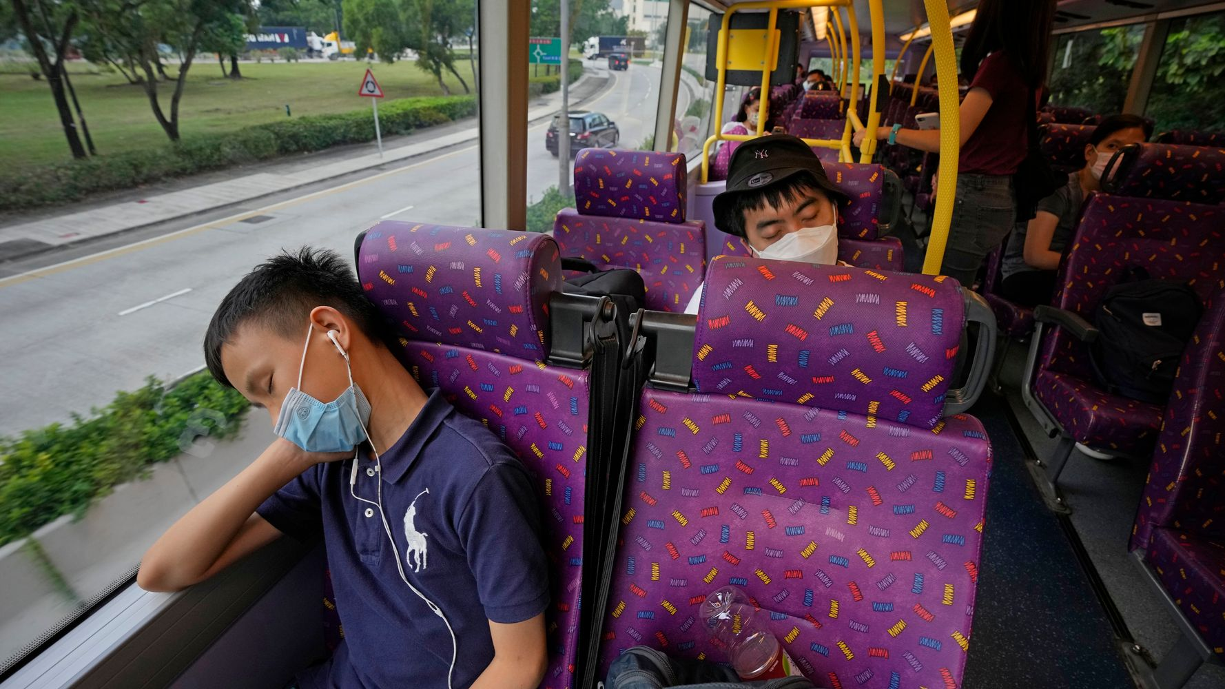 5-Hour Bus Tour Of Hong Kong Caters To Sleep-Deprived