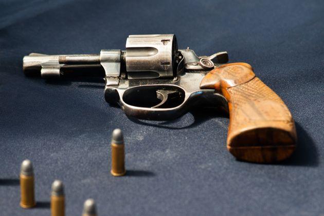 Au-delà du tir dAlec Baldwin, le danger des armes à feu et des balles à blanc au cinéma