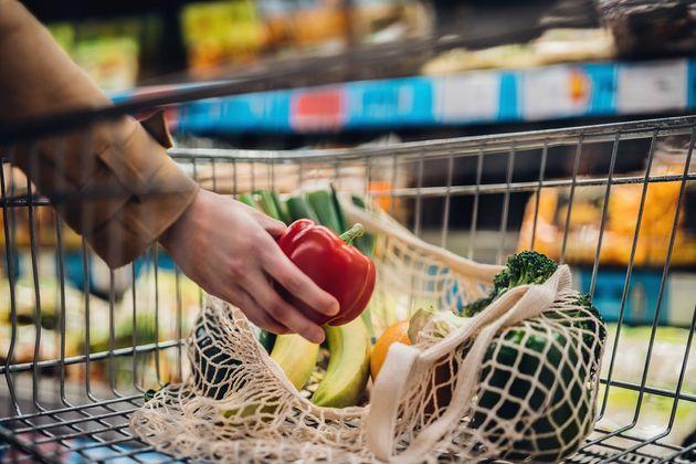 El truco de los fabricantes para enmascarar las subidas de los precios en supermercados