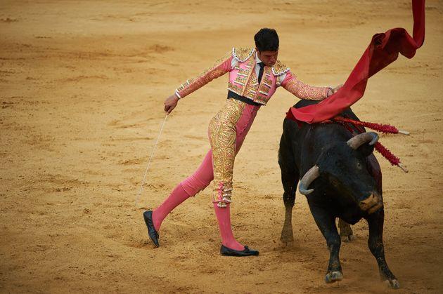 El administrador de la plaza de toros de Gijón insiste en que se celebre la feria taurina en 2022