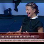 Yolanda Díaz se prepara, deja una frase con un claro destinatario y el auditorio se viene