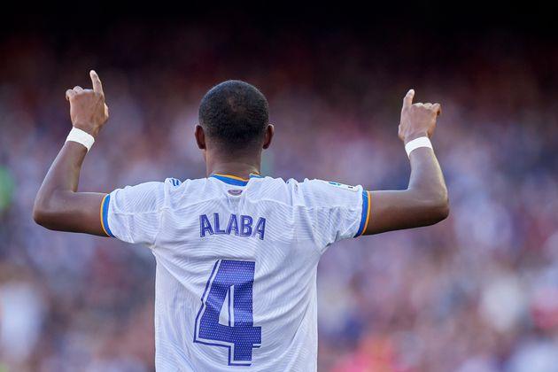 El Real Madrid asalta el Camp Nou en el primer clásico de la temporada (1-2)