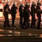 Μέγαρα: Τέσσερις τραυματίες αστυνομικοί από επίθεση με όπλο και πέτρες σε συγκέντρωση