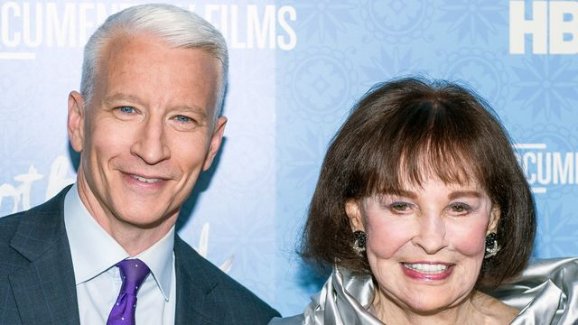Anderson Cooper Reveals Fake Persona He Adopted For 3 Years To Help His Mom.jpg
