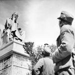 Κατοχή και αποζημιώσεις: Τέσσερις Γερμανοί και ένας επιζήσας του Διστόμου μιλούν στη