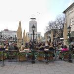 Σουηδία vs. Ελλάδα: Ριζικά αντίθετες στρατηγικές, ίδιοι θάνατοι από