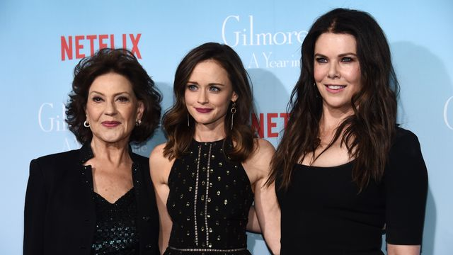 TikToker Imagines Which 'Gilmore Girls' Characters Would Get Vaccinated.jpg